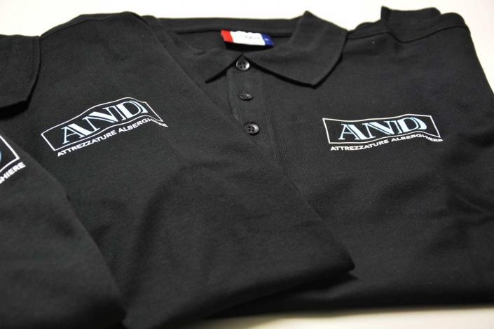 Abbigliamento aziendale personalizzato a milano